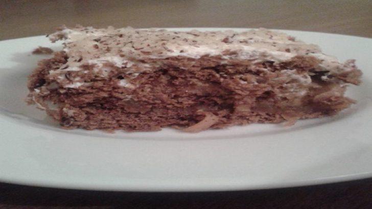 Elmalı Bisküvili Pasta