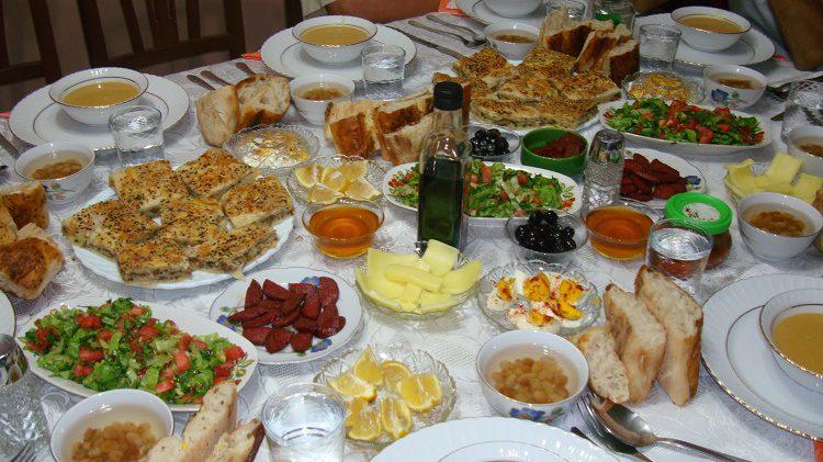 Ramazan Sofraları için Leziz Yemek Tarifleri