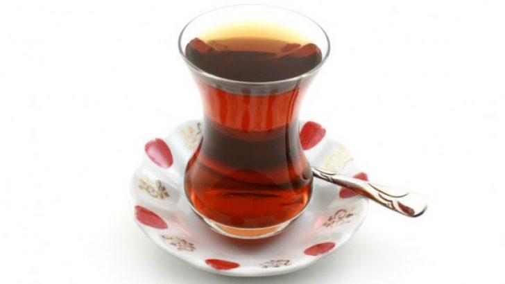Şekerli Çay Lekesi Nasıl Çıkar?