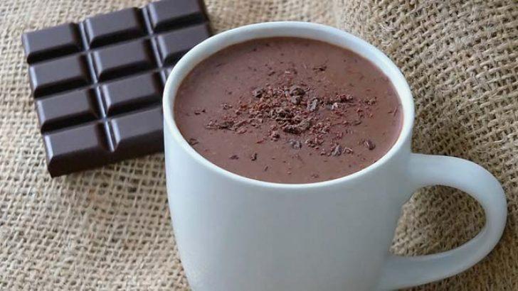 Sıcak Çikolata ile Göbeğinizi Eritin!