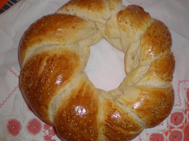 Örgülü Ekmek Tarifi