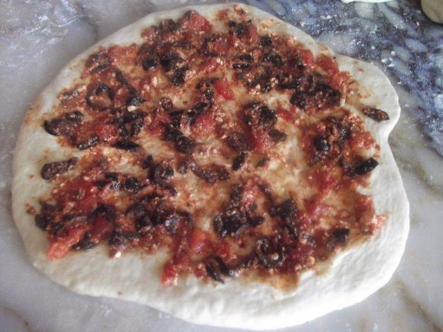 Zeytinli Domatesli Çörek Yapımı