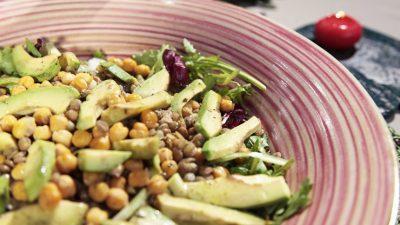 Körili Nohut Salatası Tarifi