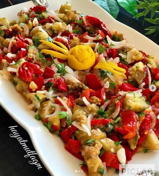 patlıcan salatası yapımı