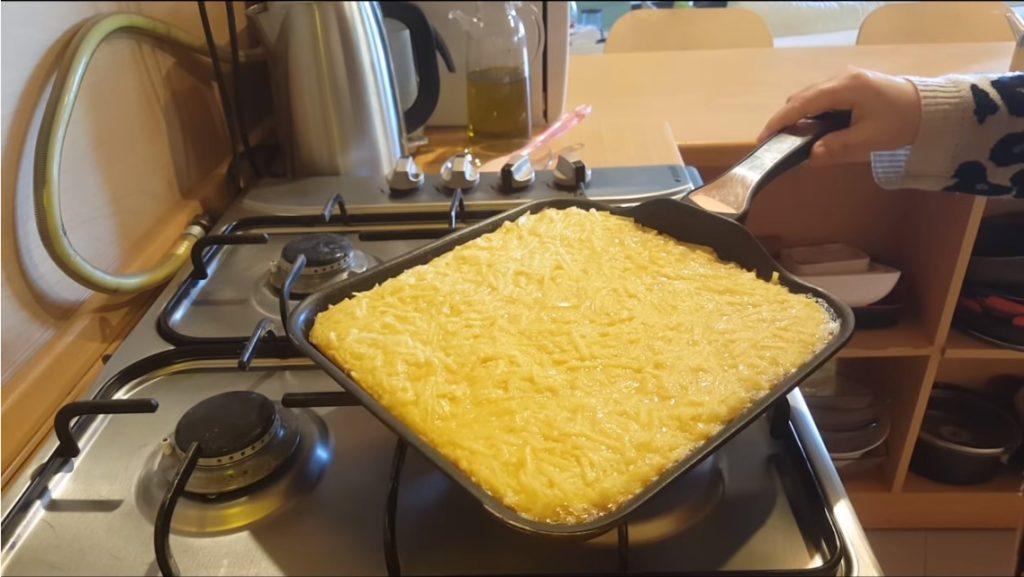 Yufkasız Tavada Patates Böreği Tarifi