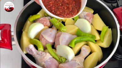 Tencerede Tavuklu Patates Yemeği Tarifi